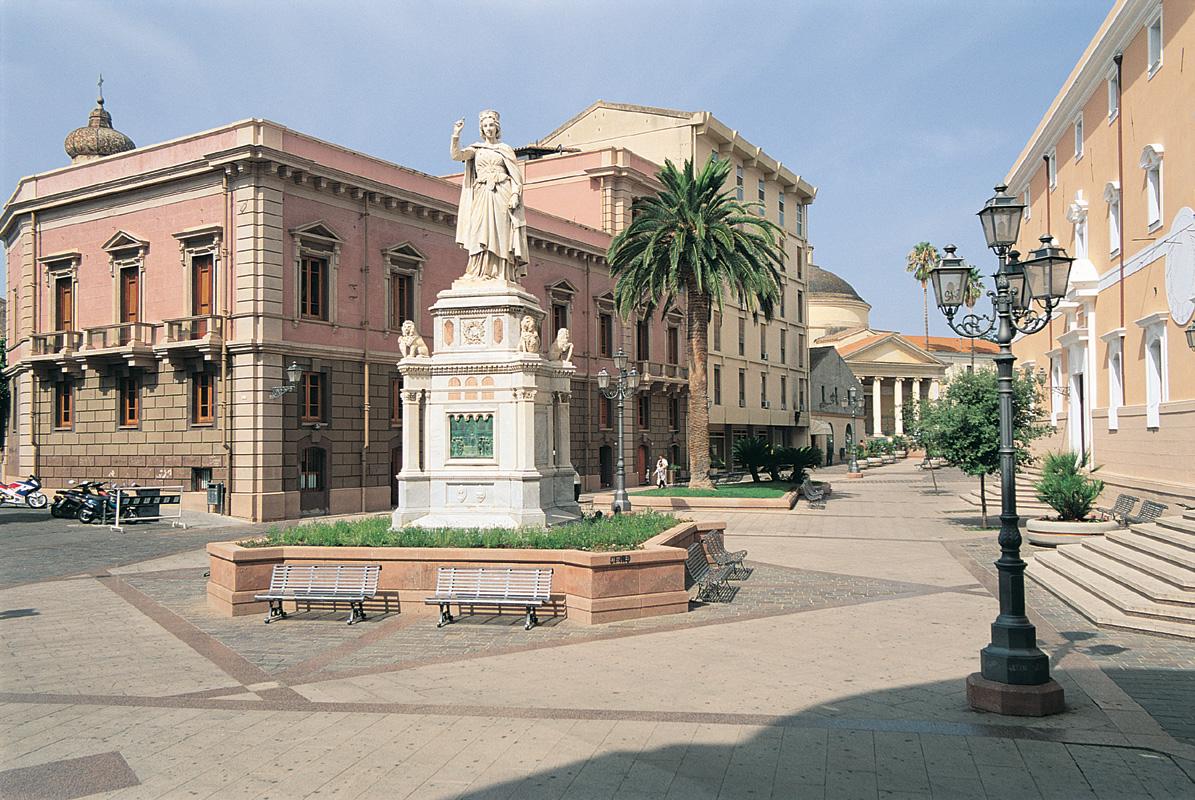 Oristano-Piazza-Eleonora